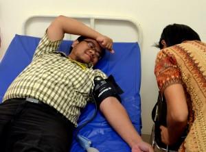 Proses pengambilan darah sdr. Hanafi Affan Danuri