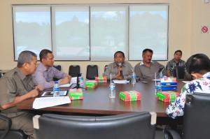 Suasana tanya jawab Anggota DPRD PemKab MBD bersama BPK RI Perwakilan Provinsi Maluku