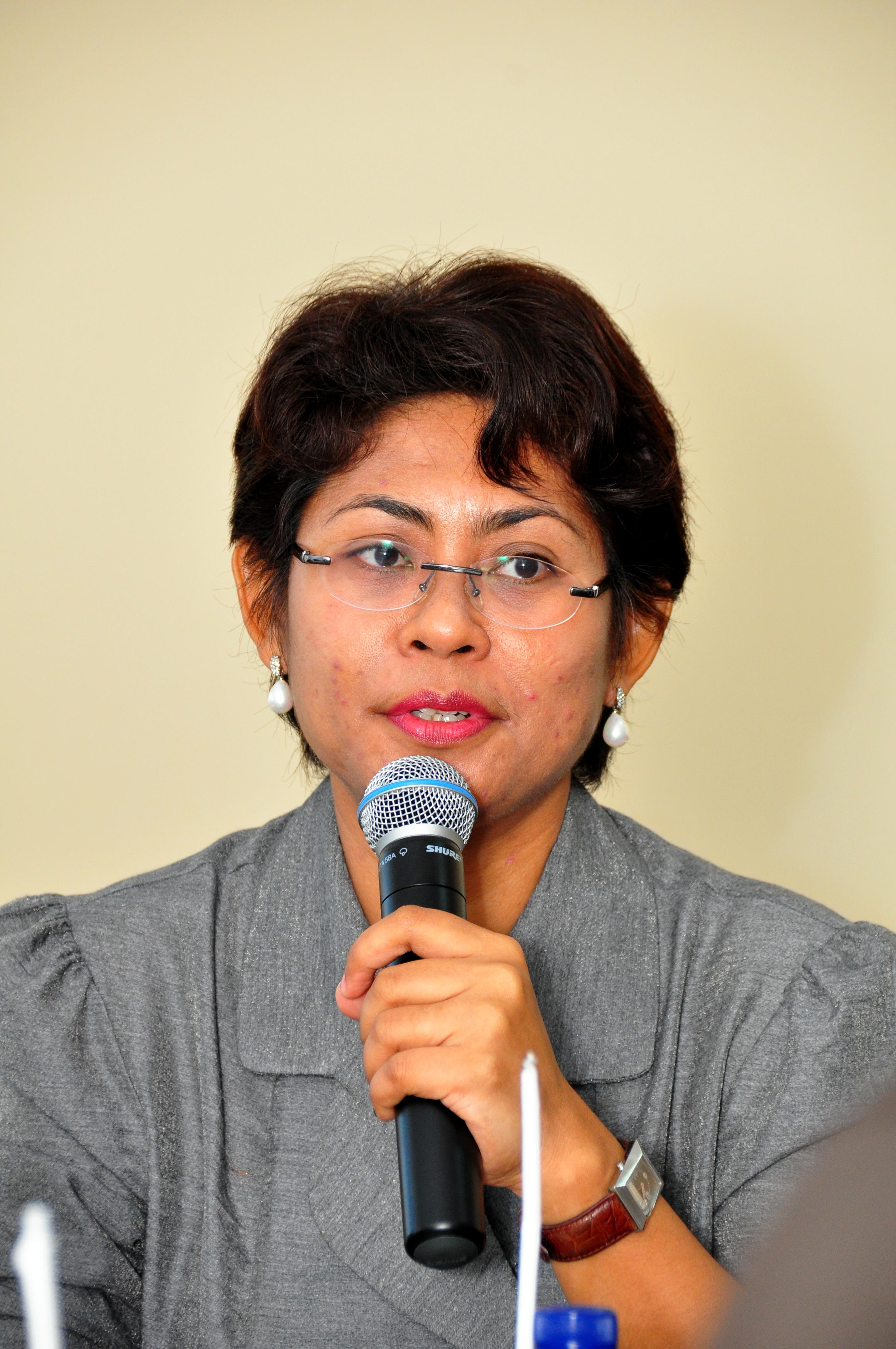 Ketua Badan Anggaran DPRD Provinsi Maluku, Ibu Mercy Ch. Barends, ST menyampaikan maksud dan tujuan atas kunjungan tersebut.