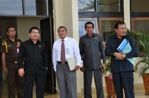 Depan (Ki-Ka): Kepala Kejaksaan Tinggi Maluku Bapak Anton Y.P. Hutabarat, Kepala Perwakilan Provinsi Maluku BPK RI Bapak Darwin Wibawa, Asisten Pidana Khusus Bapak M. Natsir Hamzah, dan Asisten Intelejen Bapak Abdul Aziz