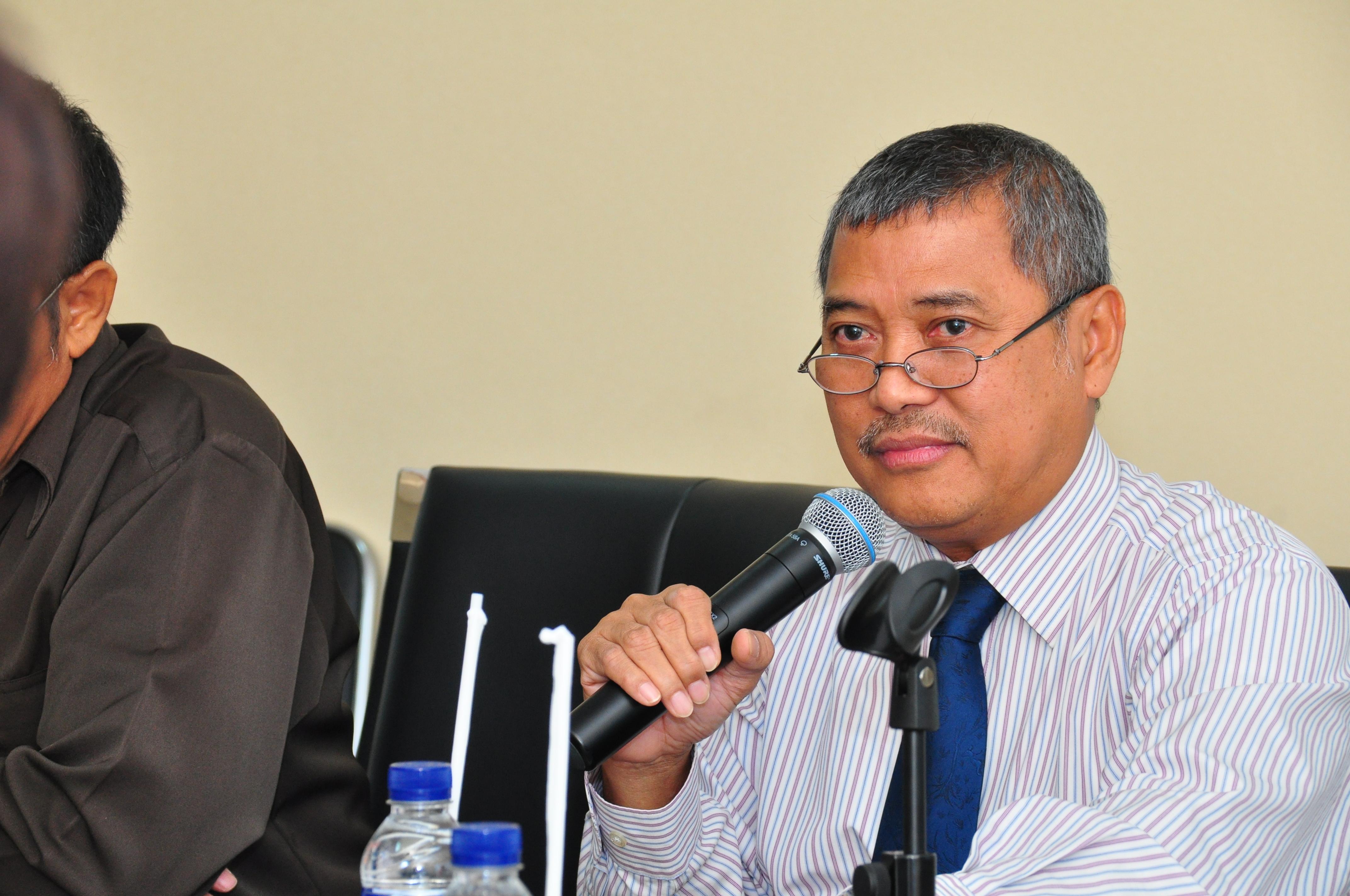 Kepala Perwakilan Drs. Darwin Wibawa.,M.M memberikan sambutan.