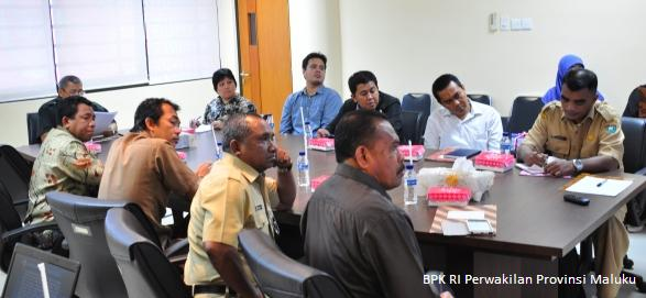 Penyampaian Pokok-Pokok Hasil Pemeriksaan Oleh Plt. Kepala Perwakilan, Drs. Darwin Wibawa, M.M.
