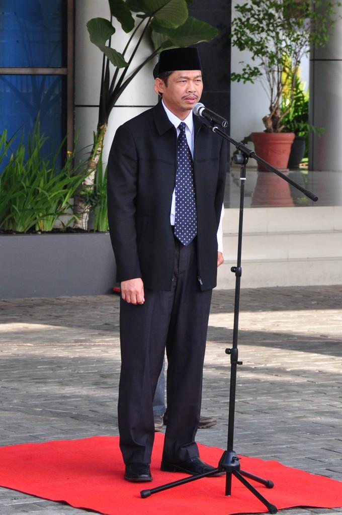 Inspektur Upacara  Kepala Sekretariat Perwakilan Bapak Aan Hayatullah