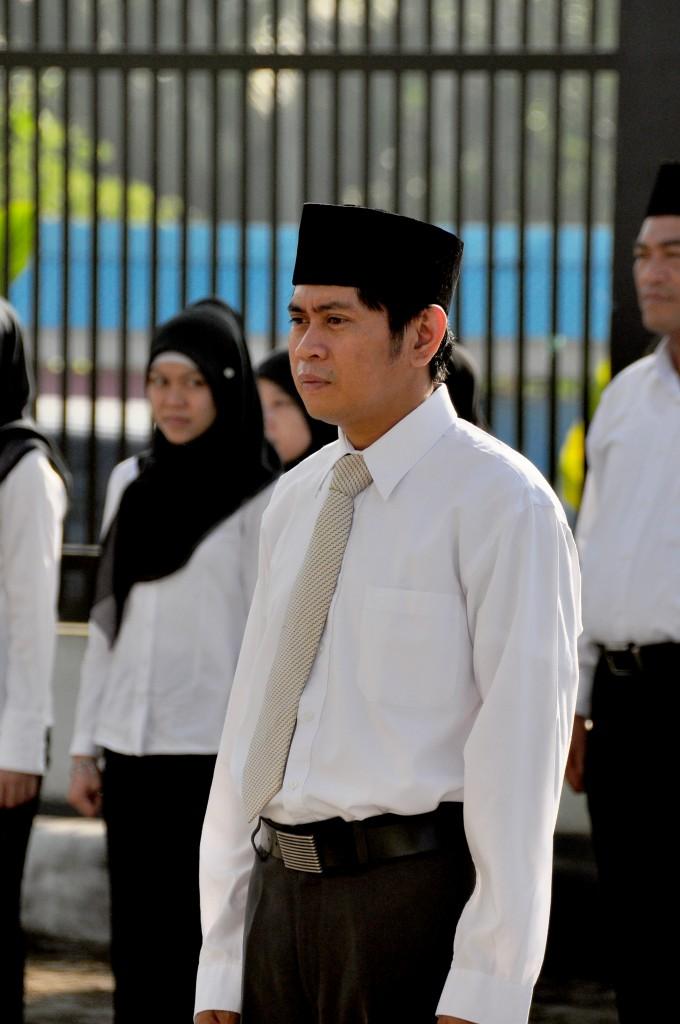 Komandan Upacara Bapak Muh. Arfan Kemal