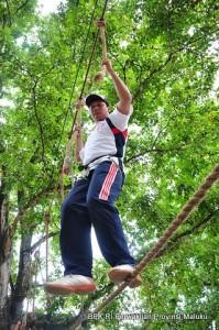 Permainan Jembatan Tali dua, mengatur keseimbangan