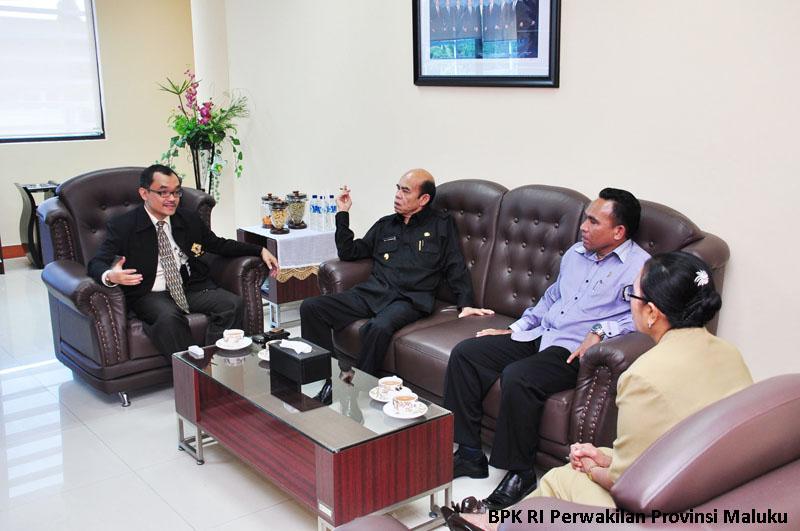 Kepala Perwakilan Berbincang Dengan Pj. Gubernur Maluku