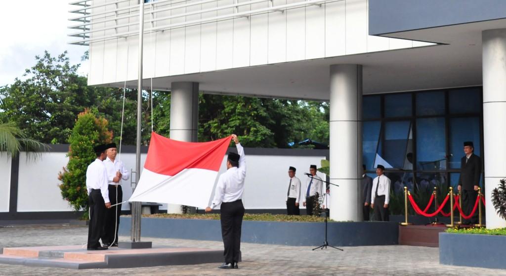 Pengibaran Bendera Putih