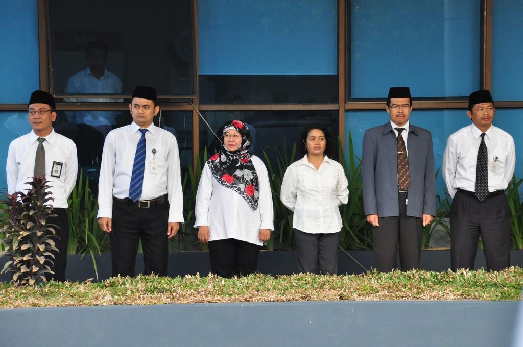 Para Pejabat Struktural BPK Perwakilan Maluku mengikuti upacara HUT BPK RI ke-68