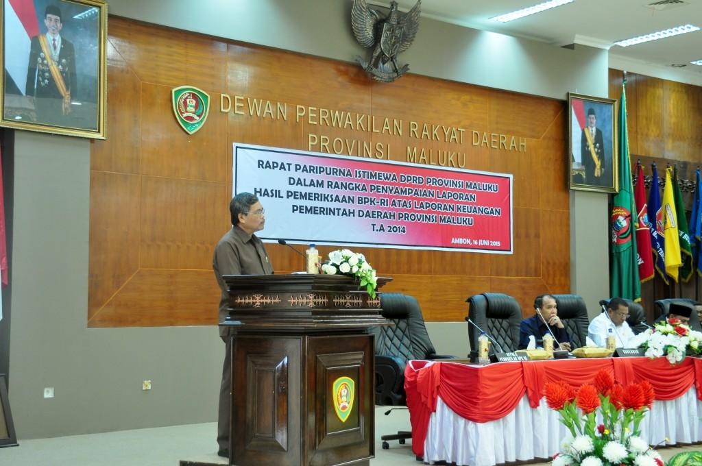 Kepala Perwakilan BPK RI Provinsi Maluku, Tangga M. Purba memberikan sambutan pada Rapat Paripurna Istimewa DPRD Provinsi Maluku dalam rangka penyampaian LHP atas Laporan Keuangan Pemerintah Provinsi Maluku