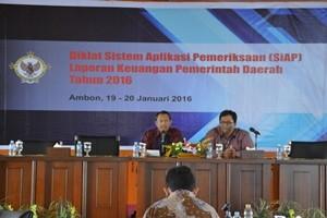 Kasetlan BPK Provinsi Maluku Membuka Acara Diklat SiAP