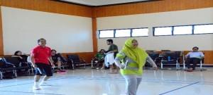 Pertandingan Ganda Campuran Bulutangkis pada Rangkaian Acara HUT BPK ke-69 di BPK Perwakilan Provinsi Maluku
