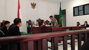 Kepala Sub Bagian Hukum BPK Perwakilan Provinsi Maluku memberikan keterangan ahli di Pengadilan Negeri Ambon